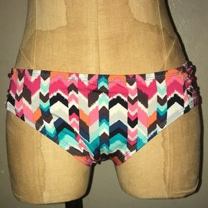La Blanca,women's colorful bikini swimwear.size 6.